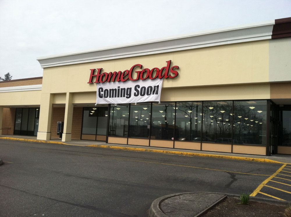 new home decorating store will celebrate its grand opening on sunday