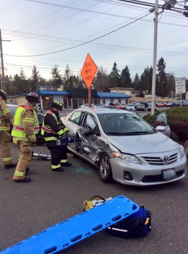 Two-car crash on Highway 99 - Lynnwood Today