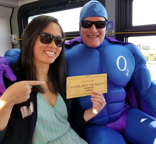 Community Transit gives thanks to Route 435 riders with gift