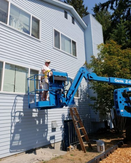 Trinity Place Apartments: Edmonds Rotary Finishes Trinity Place Painting Project