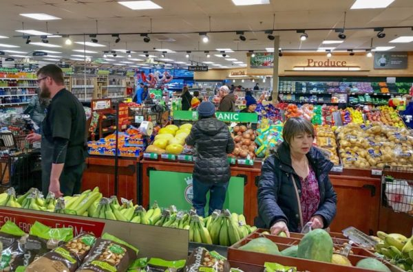 Safeway Christmas Hours 2020 Lynnwood QFC, Safeway, Fred Meyer announce they are limiting store