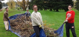 Volunteers clean up Ballinger Park for Earth Day