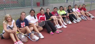 Girls tennis team splits first two matches this week
