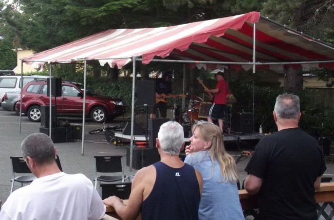 Live music kept block party attendees entertained all day