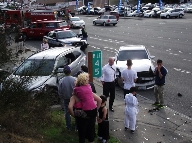 I 5 Highway 99 Accidents Snarl Friday Rush Hour My