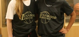 As Lynnwood HS girls head for state tourney, these two players are friends for life