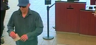 Snohomish County Sheriff's Office asks for public's help in identifying robbery suspect