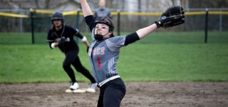 Softball: Hawks drop non-conference game to Royals Tuesday