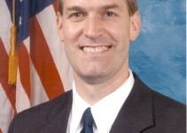 Congressman Larsen schedules roundtable discussion with veterans on Nov. 10 at Edmonds Community College