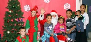 Mountlake Terrace Elementary spreads Season's Greetings
