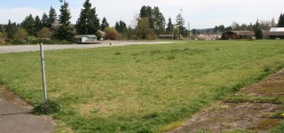 Residents urge Edmonds School District to sell property next to Esperance Park to Snohomish County Parks