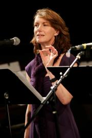 Elizabeth Austen Performing with the Sandbox Radio Collective. Photo credit: John Ulman