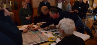 Strong turnout for public meeting to discuss future of Ballinger Park