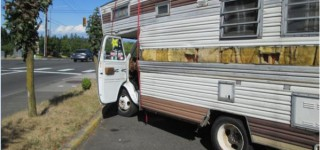 Police arrest motor home driver in Mountlake Terrace after low-speed chase