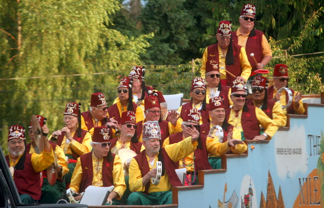 The Nile Shriners Band played music for the crowd.