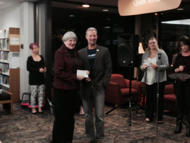 Donna Jean Perry accepting 1st Place for Miniatures