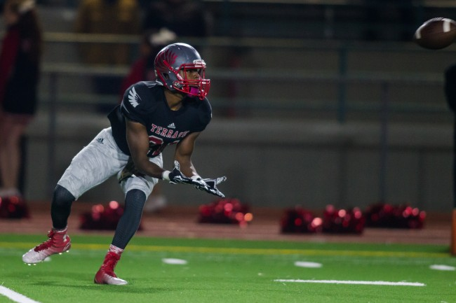 Senior Andre Johnson looks to pull in a pass Friday night for Mountlake Terrace. (Photo by Jonah Wallace)