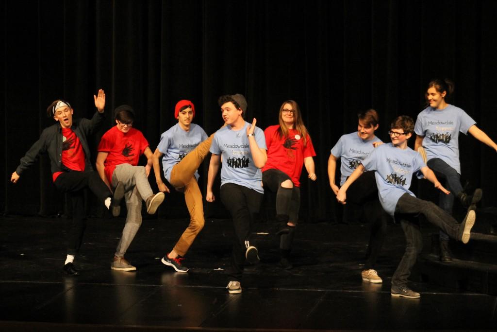 High school improv teams put on a show   MLTnews.com