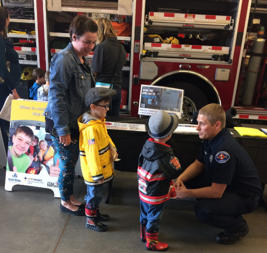 Families meet firefighters and learn about fire safety. (All photos courtesy Fire District 1)
