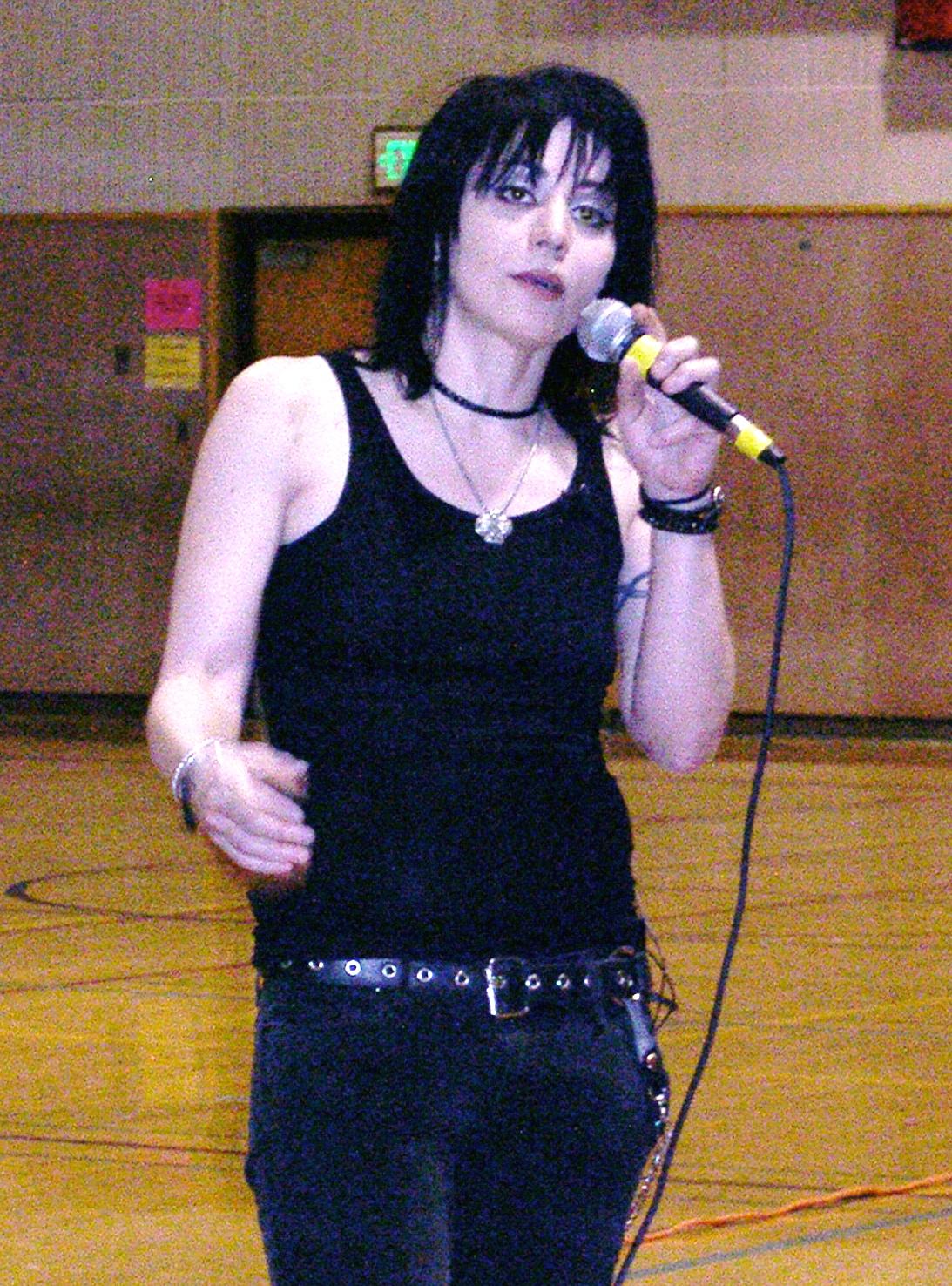 Joan Jett rocks Scriber Lake High School - My Edmonds News