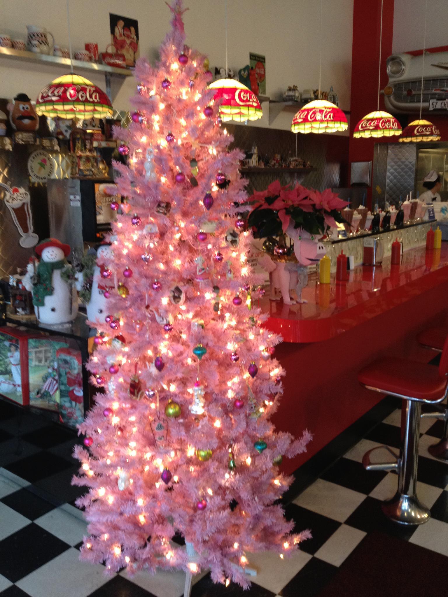 a pink christmas at main street burgers