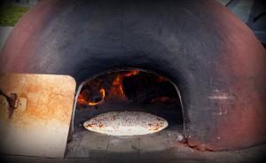 Saturday's Garden Market in Edmonds, as seen through the camera lens of David Carlos: La Strada Dolce pizza