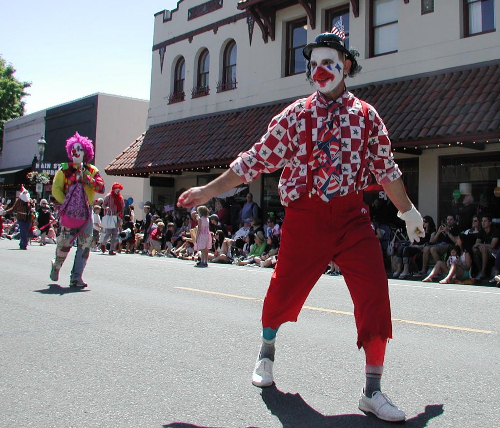 Clowns, floats, bands and more will be live streamed via My Edmonds News TV on July 4th.