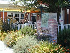 Girardi's has upgraded its al fresco dining area.