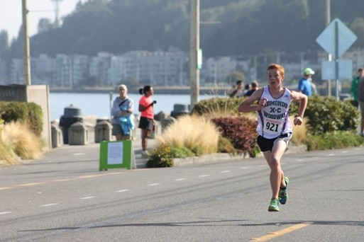 Haller Miler, men's winner. (Photos courtesy of West Seattle Blog)