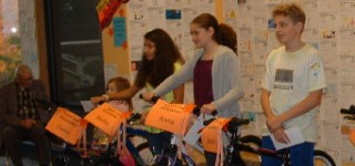 Scene in Edmonds: Kids read books, get bikes