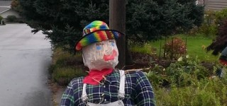 Scarecrow of the Day: Farmer Joe