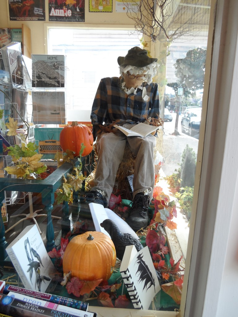 Edmonds Bookshop scarecrow