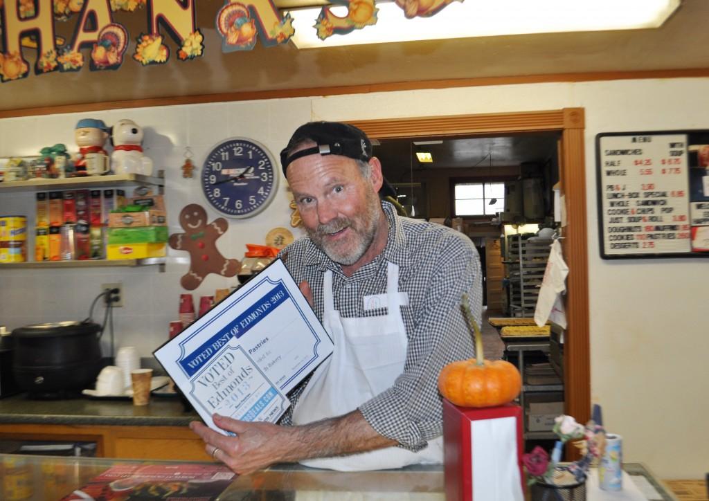Edmonds Bakery owner Ken Bellingham receives the award for Best Pastries.