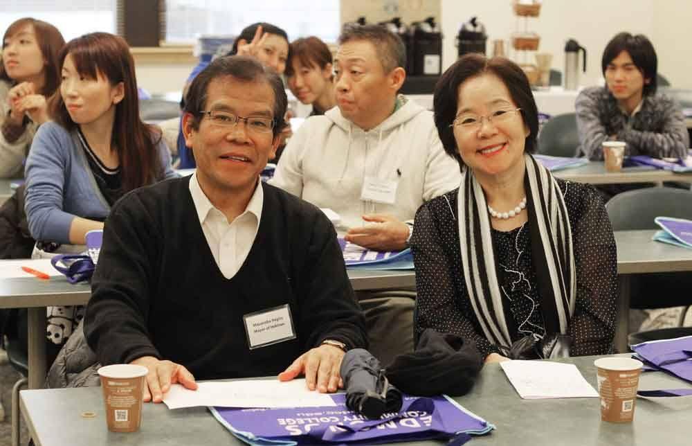 Edmonds Sister City delegation from Hekinan visits Edmonds CC. Pictured are Hekinan Mayor Masanobu Negita and his wife, Tokie.