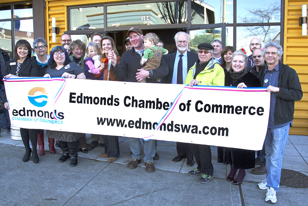 The Edmonds Chamber of Commerce and Mayor Dave Earling helped Salish Sea Brewing Co. cut the ribbon for its new business at 5th and Dayton in Old Mill Town.