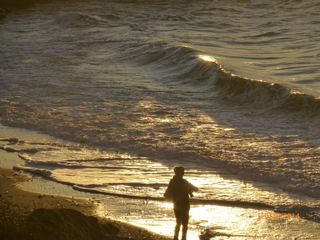 Bob Brubacher took this photo of the Edmonds beach at sunset Friday.