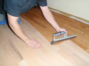 knotty floors