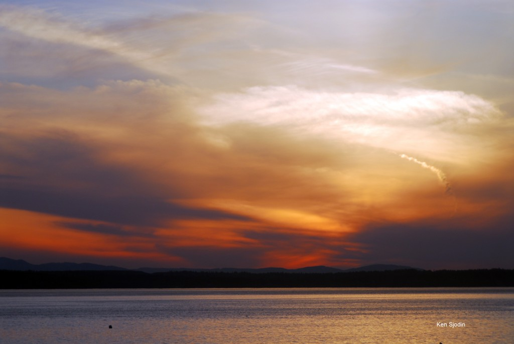 From Ken Sjodin, another striking sunset photo, this one taken Tuesday.