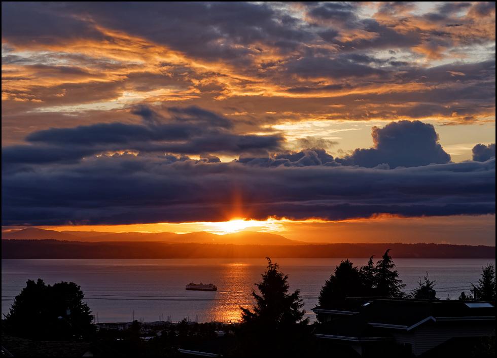 From LeRoy Van Hee, Sunday's stunning sunset on the Edmonds waterfront.