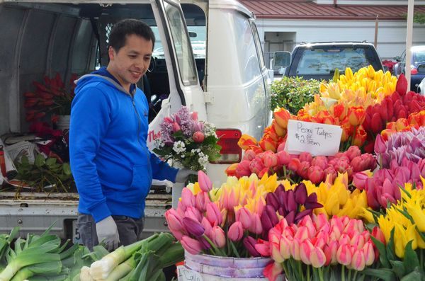 A number of booth offered custom-made floral arrangements featuring a variety of spring bulbs.