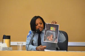 Edmonds Animal Control officer Tabatha Shoemake presents photographic evidence at the Adams/Beutler jury trial in February 2014.