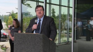 """CHC CEO Bob Farrell announced that the new facility will provide care to """"an estimated 13,000 people who have not had access to health care."""""""