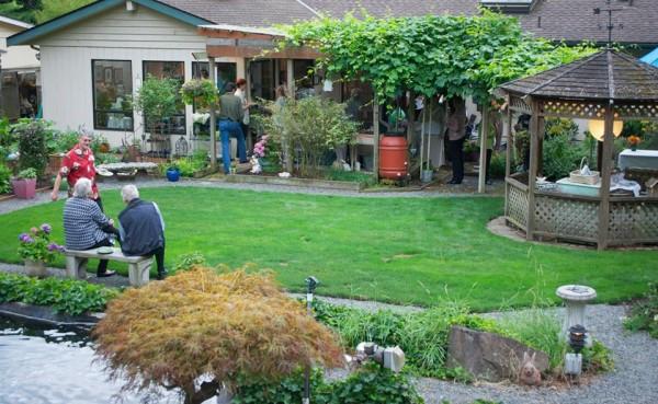 Sweet Basil's gardens