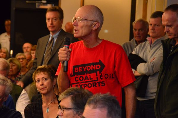 Mike Shaw has his turn at the microphone during Thursday's packed town hall meeting. (Photos by Larry Vogel)