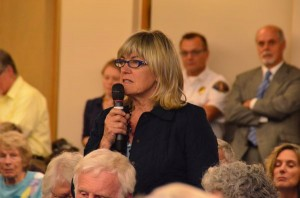 Edmonds resident Jenny Anttila addresses train noise.