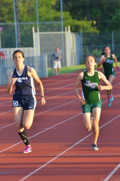 In the girls 800,  Meadowdale's Alexandria Chang and E-W's Yukino Parle battle for 2nd place.  Chang ended up finishing 2nd.
