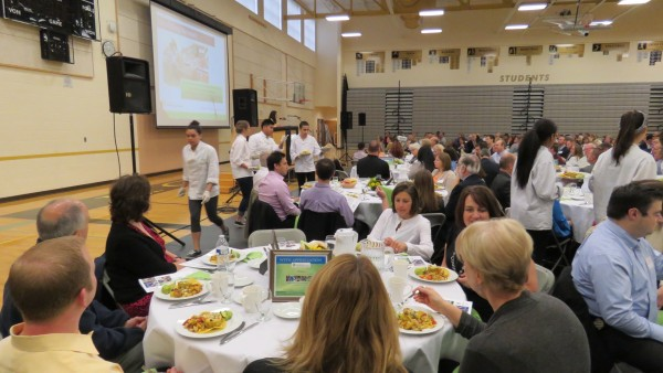 Lynnwood High School students prepared and served the breakfast, under the supervision of Swedish Edmonds chefs Jan DeBoer and Adam Pazder.