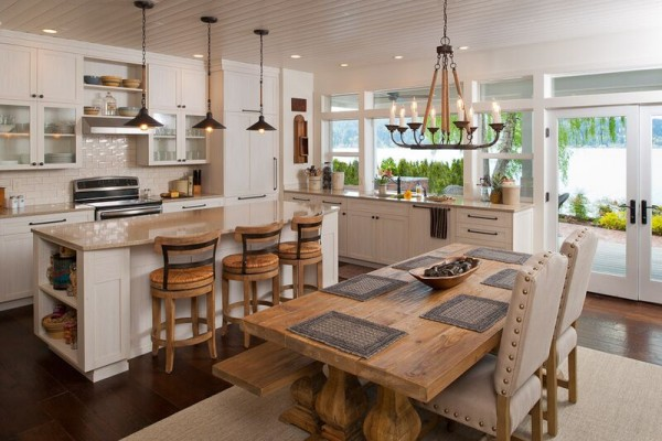 The kitchen of the Entire House Excellence Award winner.