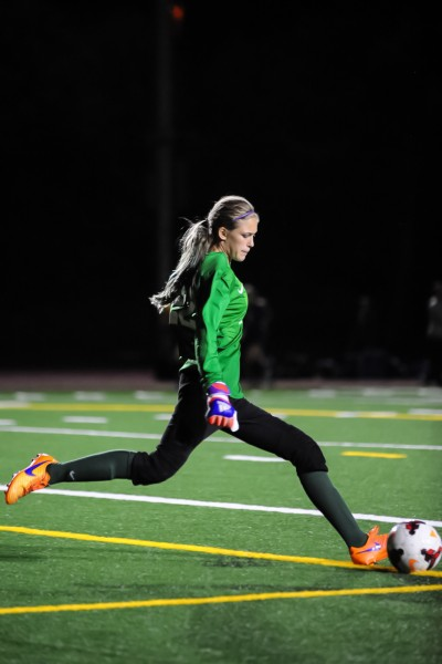 Hannah Hicks earned the shutout for the Warriors as the defending state 3A champs defeated Bellevue 1-0 in a non-league game at Edmonds District Stadium Thursday. (Photos by Karl Swenson)