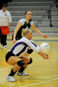 Edmonds-Woodway's Shelby Houghton digs for a ball against Skyline during a 3-1 loss Thursday at Edmonds-Woodway High School. (Photos by Karl Swenson)